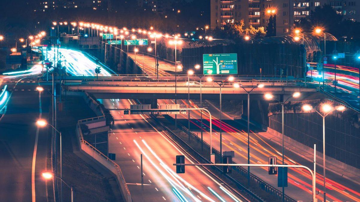Como um software de iluminação pública pode otimizar a gestão?