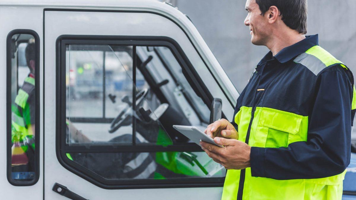 O que é automação mobile? Entenda a aplicação para a iluminação pública