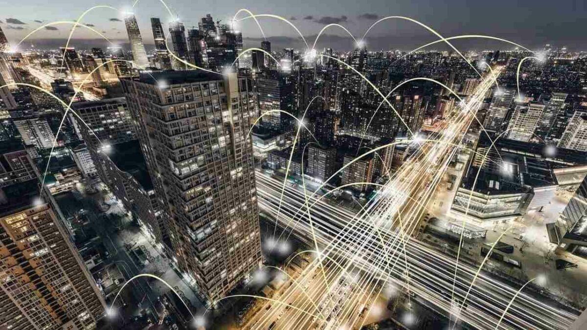 Cidades inteligentes no cotidiano: levando tecnologia para população